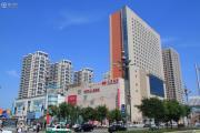 大商城市广场外景图