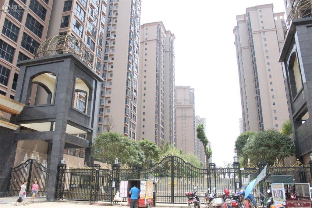 中央新城 综合配套设施齐全的高档楼盘